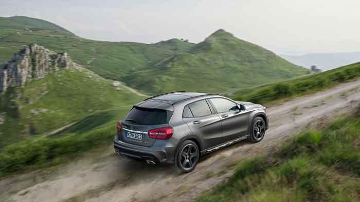 Der Mercedes GLA kostet etwa 28.000 Euro.