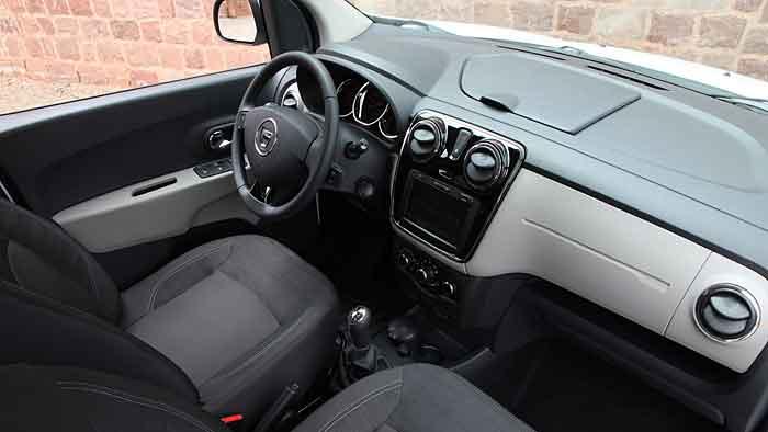 Beim Schnäppchen Dacia Lodgy müssen Kompromisse eingegangen werden.
