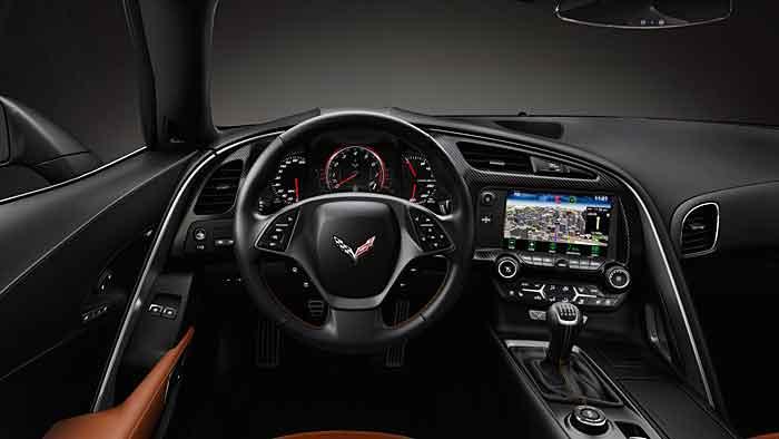 Mit MyLink können in der Corvette Stingray die Rundenzeiten gemessen werden.