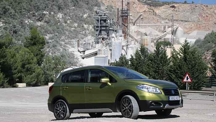 Die Preise für den Suzuki SX4 S-Cross beginnen bei 19.450 Euro.