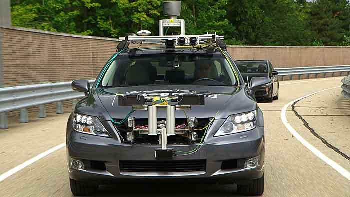 Toyota auf dem Weg zum autonomen Fahren