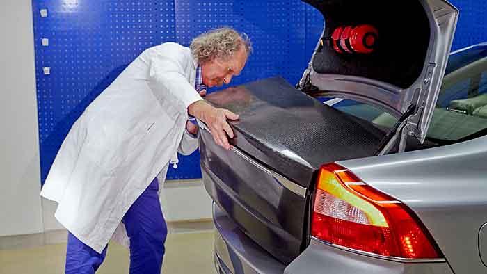 Volvo integriert Batterien in die Karosserie.