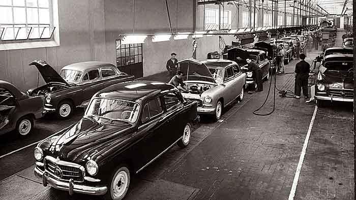 Der 1400 war das erste von Seat produzierte Auto.