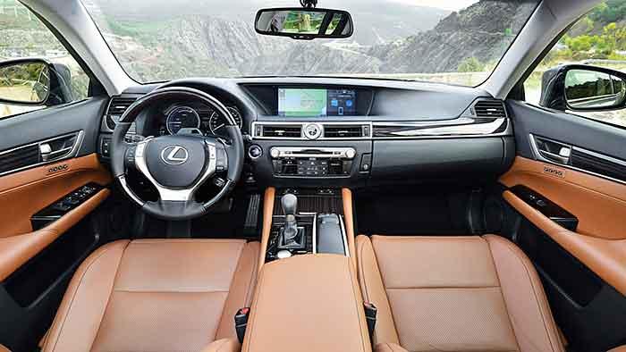 Lexus setzt beim GS auf Vollhybride.