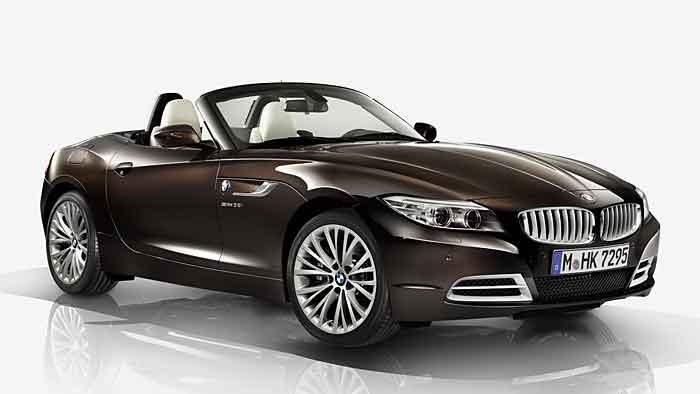 Auf Wunsch gibt es den BMW Z4 auch in Braunmetallic.