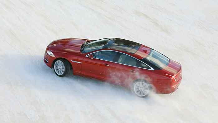 Dem Jaguar XJ 3.0 AWD bereitet Schnee keine Probleme.