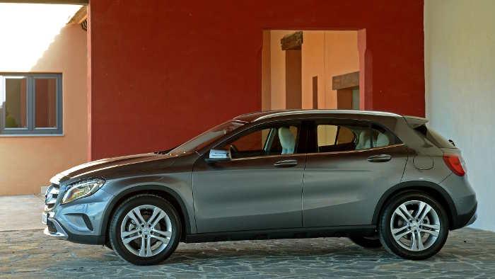 Der Mercedes GLA kommt im Frühjahr auf den Markt.