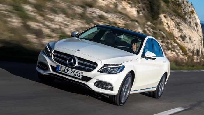 Die Mercedes C-Klasse kommt in den USA gut an