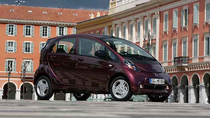 Mitsubishi erhöht die Reichweite beim Elektroauto.