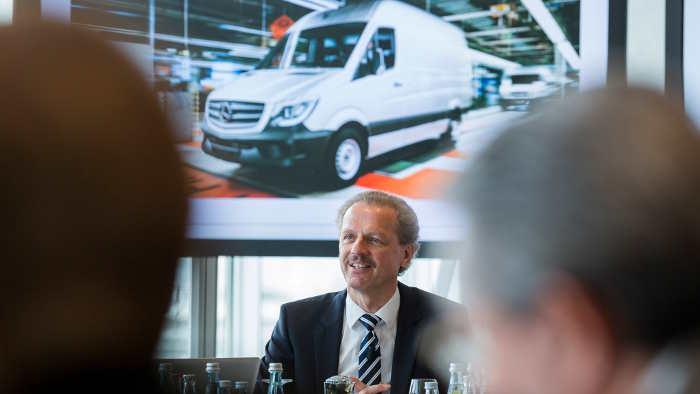 Daimlers Transportersparte mit verhaltenem Ausblick