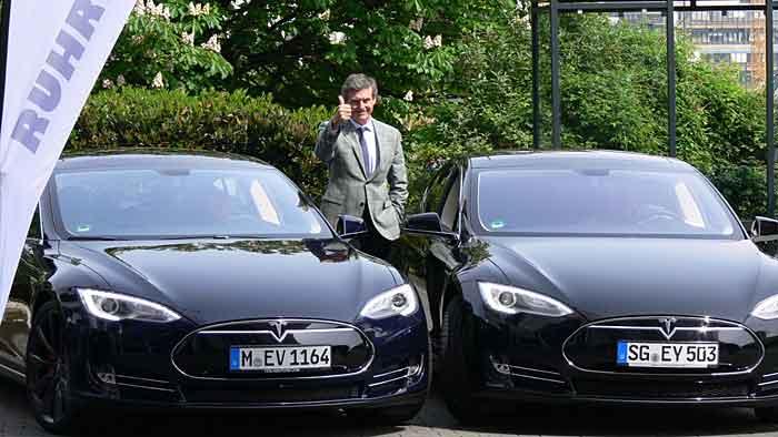 Tesla für Ruhrauto-e im Einsatz