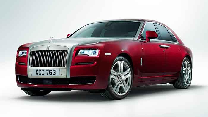 Rolls-Royce hat den Ghost überarbeitet.