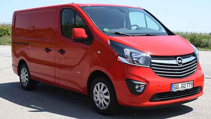 Opel hat den Vivaro nach 13 Jahren in die zweite Generation geschickt.