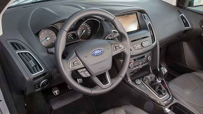 Der überarbeitete Ford Focus steht ab November bei den Händlern.