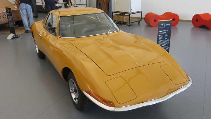 Der Opel Experimental GT.