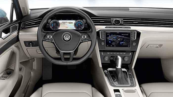VW stellt Premiumansprüche mit dem neuen Passat.