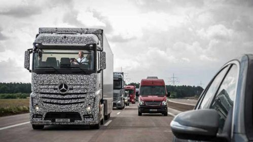 Mercedes Future Truck 2025 fährt autonom.