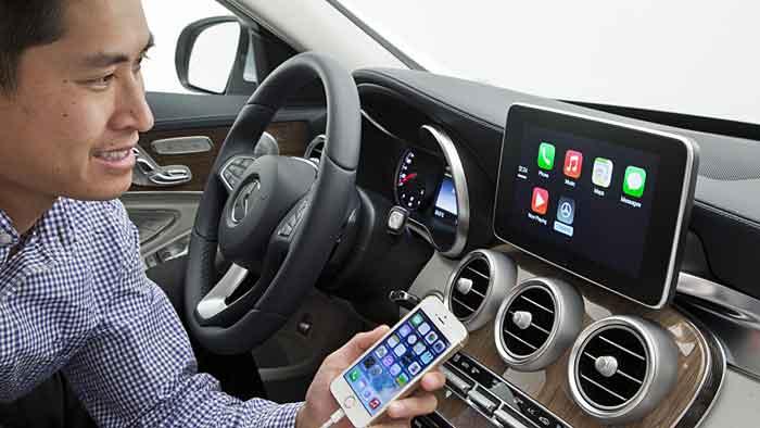 Viele Autofahrer fühlen sich überfordert im Umgang mit Fahrassistenzsystemen.