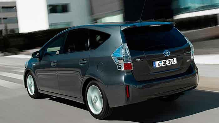 Toyota hat rund 11.000 weniger Autos im ersten Quartal verkauft.