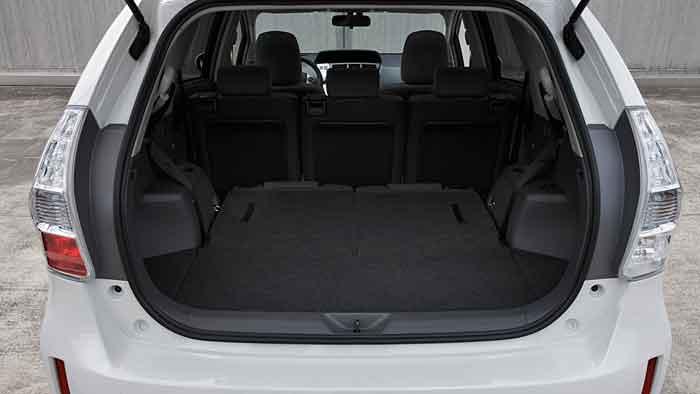 Der Toyota Prius Plus bietet Platz für die ganze Familie.