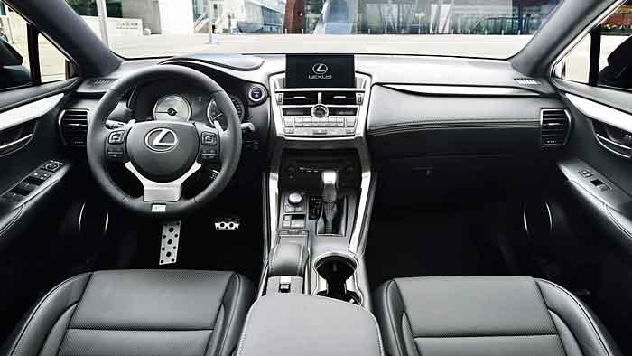 Lexus kommt mit dem NX spät im Segment der Kompakt-SUV an.