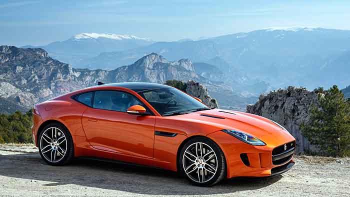 Auffallen ist mit dem Jaguar F-Type garantiert.