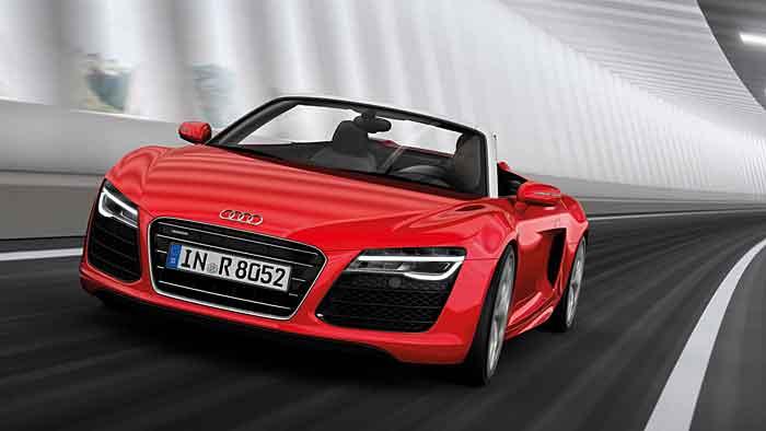 Der Audi R8 Spyder sieht auch noch acht Jahre nach der Markteinführung nicht alt aus.