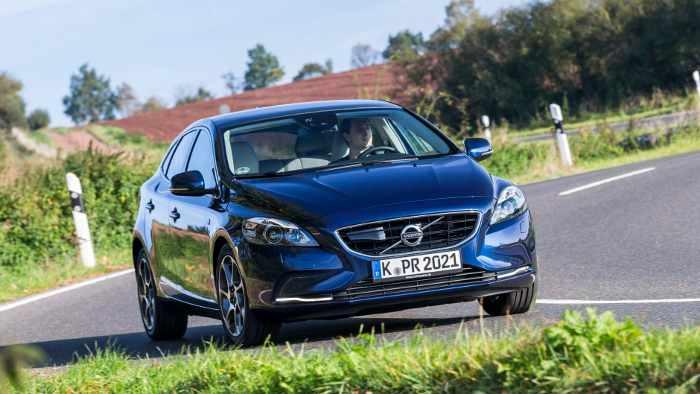 Der Volvo V40 ist mit neuen Motoren unterwegs.