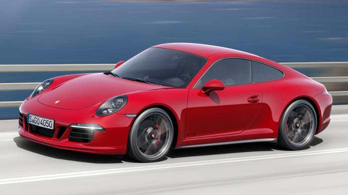 Porsche 911 GTS.