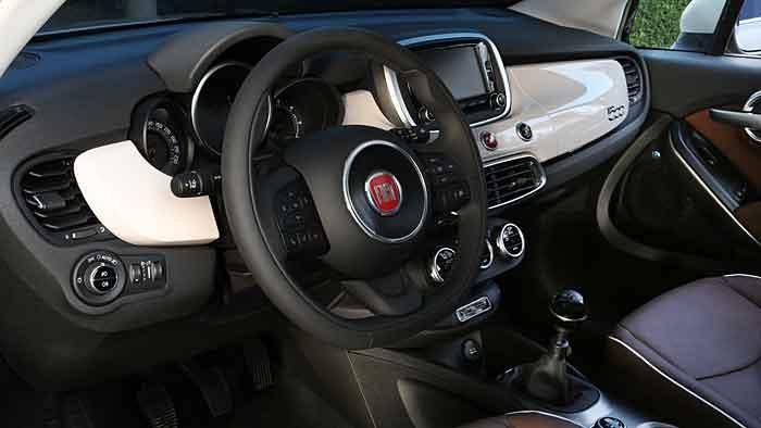 Den Fiat 500 X gibt es auch mit Allradantrieb.