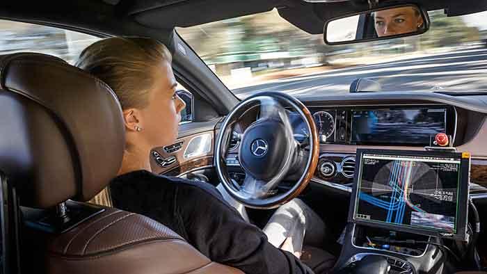 Mercedes ist autonom in Kalifornien unterwegs.