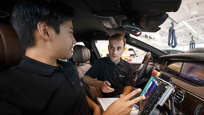 Unterwegs in einer autonom fahrenden Mercedes S-Klasse
