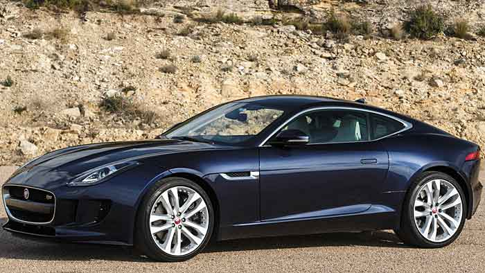 Eine formschöne Seitenlinie veredelt den Jaguar F-Type.