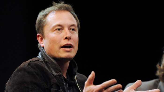 Musk bot Tesla 2013 Google zum Kauf an