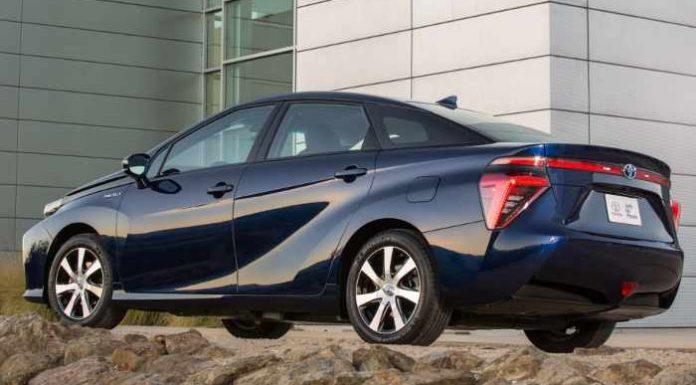 Das Brennstoffzellenfahrzeug Toyota Mirai