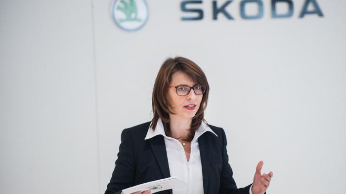 Skoda-Chefin Imelda Labbé freut sich über neue Bestwerte.