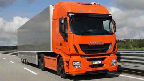 Auch der Iveco Stralis kann mit flüssigem Erdgas betankt werden.