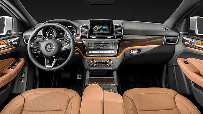 Der Mercedes GLE wird im Januar in Detroit enthüllt.