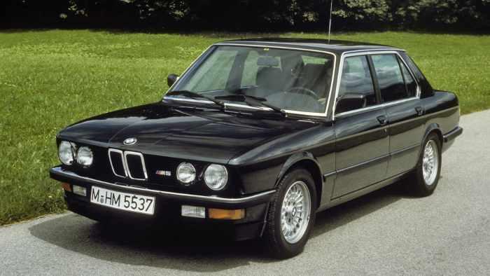 Auch der BMW M5 gehört mittlerweile zu den Oldies.