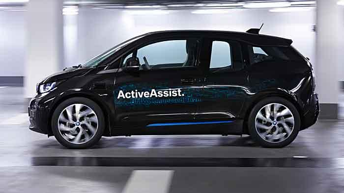 Per Smartwatch kann der BMW instruiert werden.