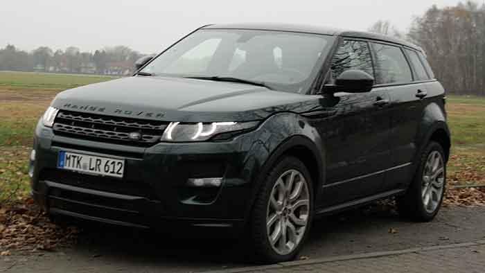 Auch drei Jahre nach dem Marktstart drehen sich viele nach dem Range Rover Evoque um.