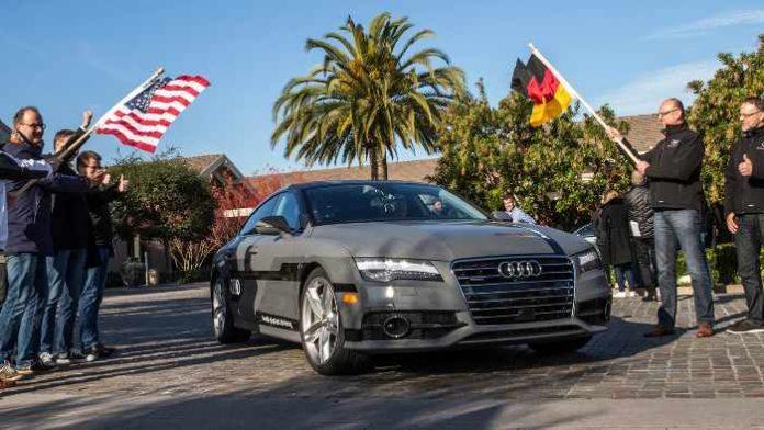 Start der autonomen Fahrt des Audi A7 von Stanford nach Las Vegas.