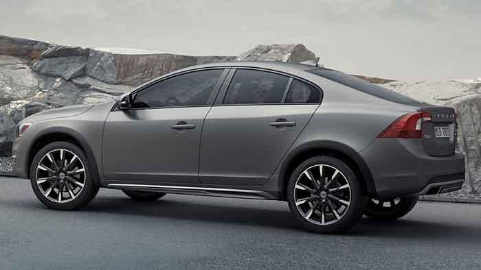 Volvo verleiht dem S60 robuste Formen.