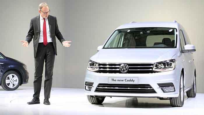 VW-Nutzfahrzeug-Chef Eckhard Scholz mit dem neuen Caddy