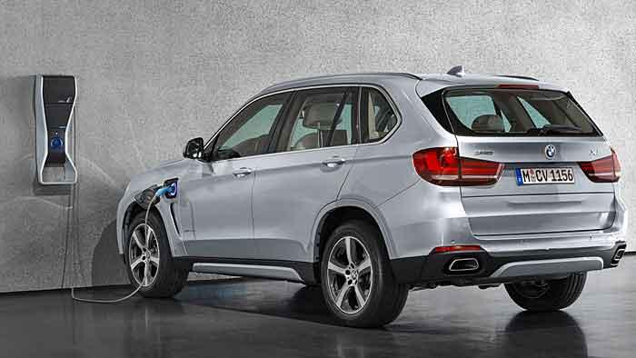 Der X5 xDrive 40e ist das erste BMW-Serienmodell mit Plugin-Hybrid.