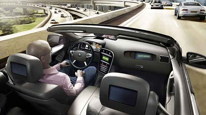 Filme schauen, lesen oder schlafen sollten beim autonomen Fahren möglich sein.