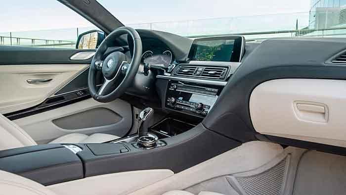 Viel Komfort im Cockpit des BMW 6ers.