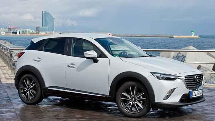 Der Mazda CX-3 kostet knappe 18.000 Euro