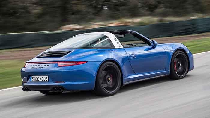 Porsche feiert mit dem 911 Targa 4 GTS 50. Targa-Geburtstag.