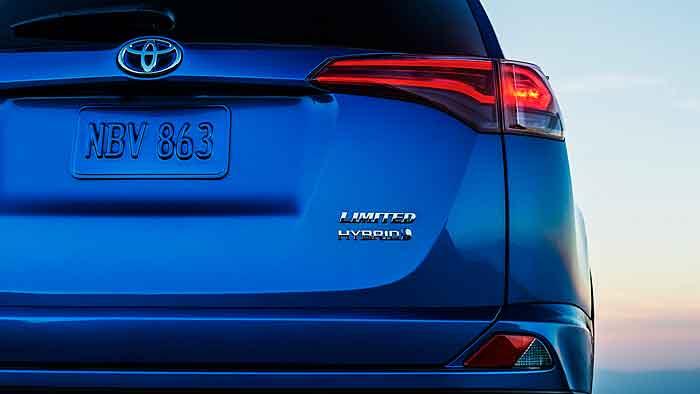 Toyota setzt auch im RAV4 auf Hybrid.